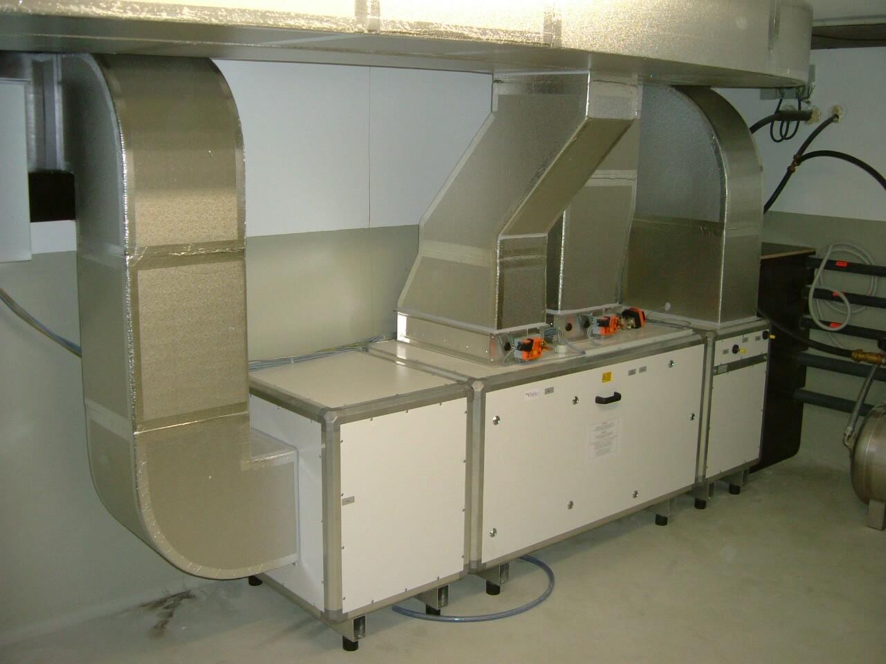 Lüftungsgerät mit PUR-Luftkanälen