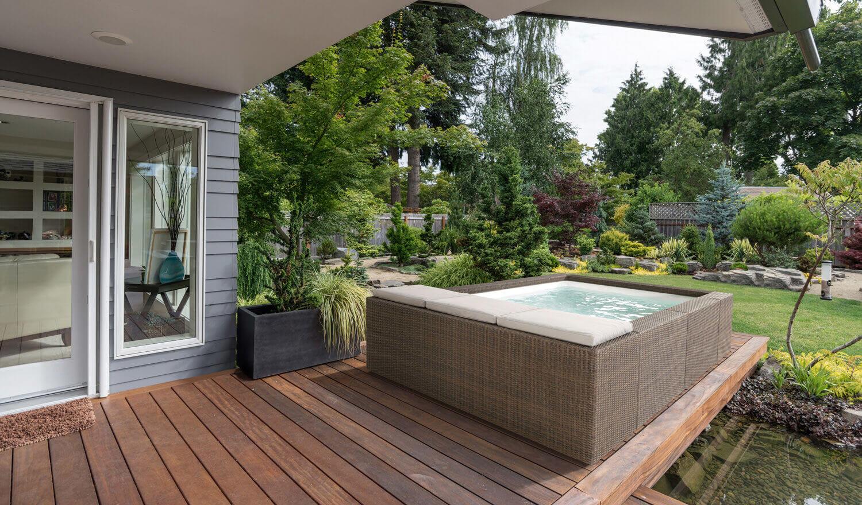 PLAYA Lounge-Pool in Kaffeebraun